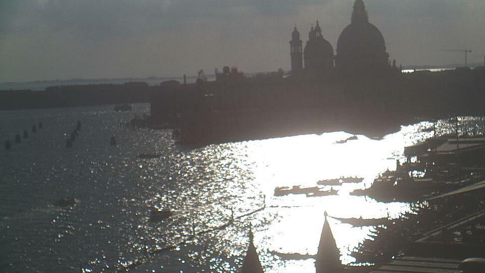 Hotel Danieli Webcam of the Giudecca Canal